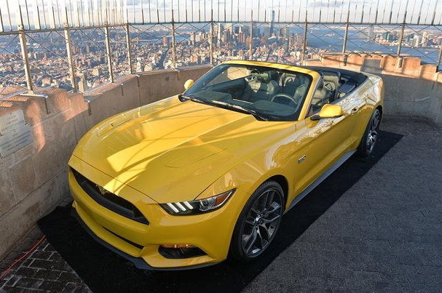 2015 Ford Mustang on the Empire State Building (10)