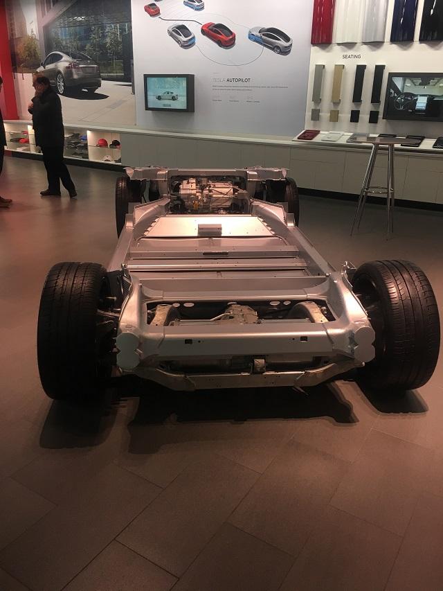 Tesla demontee