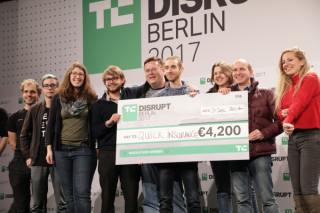 disrupt-hackathon-berlin-winner-2017-0023